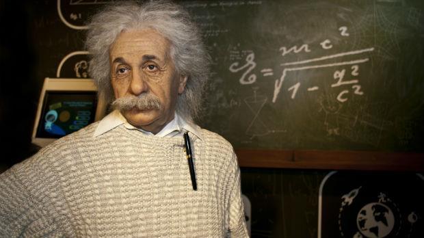 全世界最聰明的人竟是因為這樣去世...──解開愛因斯坦的死亡之謎