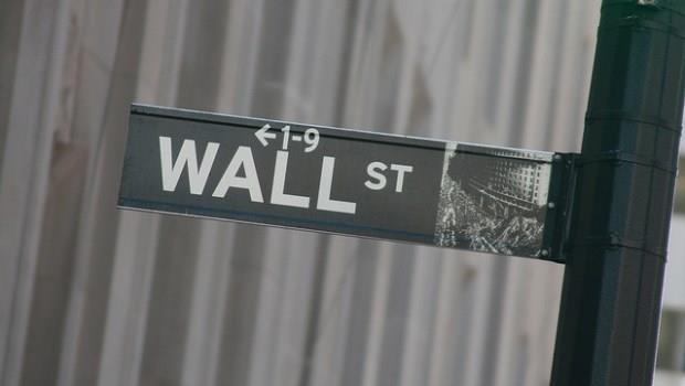 買美股沒那麼難,安全可靠、門檻也低,還有什麼理由把資金留在台灣!