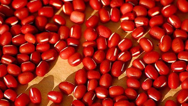一張表告訴你》紅豆、紅豆湯、紅豆水,哪個營養成份最高?