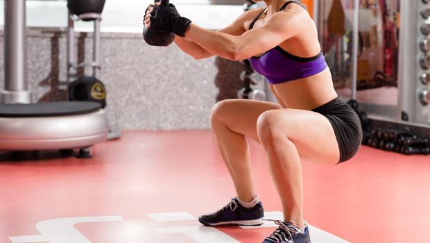 練下半身等於瘦全身!每天10分鐘深蹲操,讓你看起來「瘦5公斤」