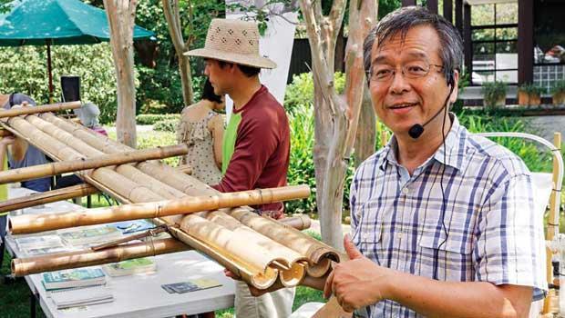 合樸農學市集創辦人陳孟凱,在市集的荷松開講中介紹工班的成立,與造屋的願景。