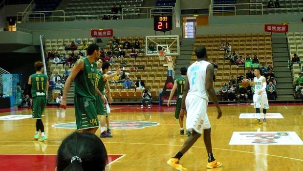 為什麼大陸的一條新規定,逼得台灣籃壇不得不為自己「找出路」?