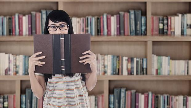用「閱讀」翻轉孩子:只看教科書,能向100分邁進;但不只看教科書,就能超越100分!