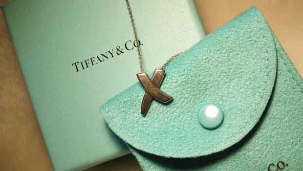 仇富、禁奢氣氛濃,為什麼「Tiffany」的股票還是值得投資?