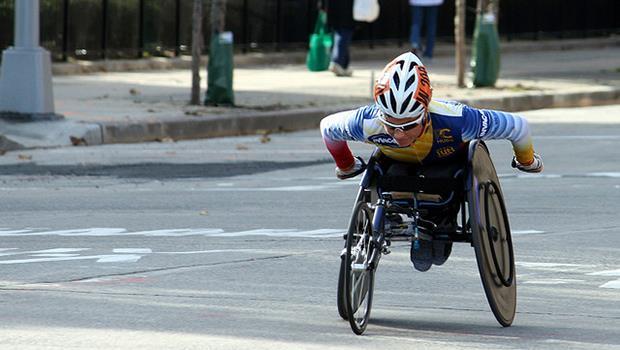 一位身障者的自白:把我們的不幸,做為你人生的啟發,就是一種「歧視」