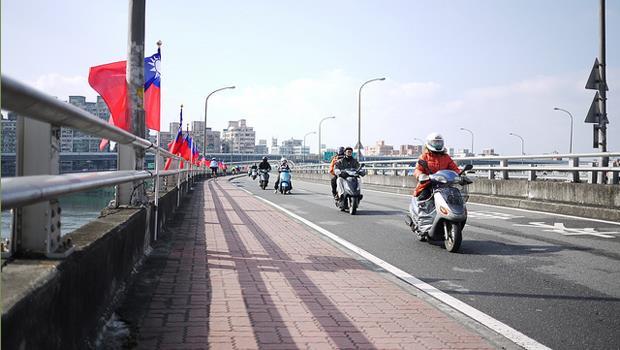 「走在路上都找不到垃圾筒,但台灣的街道卻很乾淨...」老外愛上台灣的五大理由