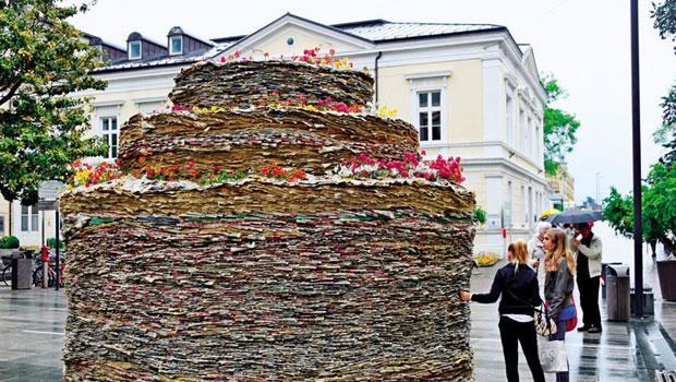 美國藝術家史提芬西格作品「紙與植物」