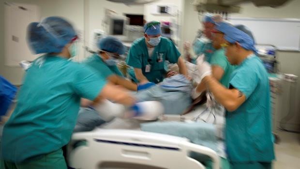 當樂園變地獄》粉塵爆炸事件讓台灣人看清:我們的急診室早就身處地獄邊緣