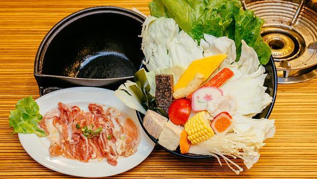 先煮菜再煮肉!營養師:吃火鍋照這個順序煮,就能安心不怕胖