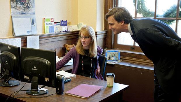 不藏私,有問題找●●座就對了!辦公室12星座前輩,會如何帶新人?