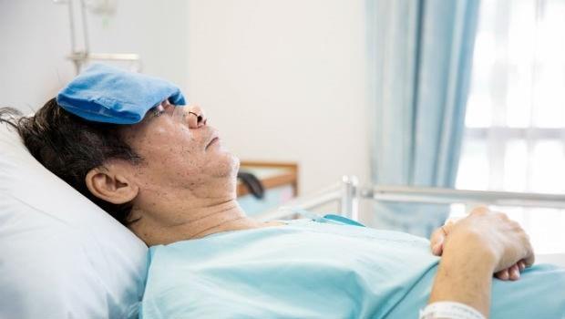 長命百歲的下場:每100人有5人失智、安養院爆滿...台灣人老了誰來顧?