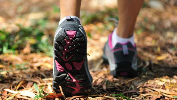 圖解!「鞋底磨損」8種類型,看出你的跑步姿勢哪裡有問題