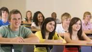 全台灣的大學生都該看:如果你遇到有料的老師,有種,請坐第一排!