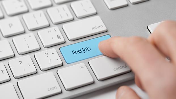 台灣學生畢業即失業》補多益、考證照,為什麼還是找不到好工作?