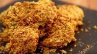 有影片》想吃炸雞又怕胖?用「玉米片」免油炸、搖一搖做出「低卡黃金雞翅」