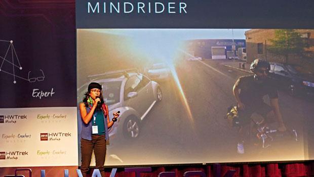 物聯網應用裝置開發商MindRider 來台秀酷點子,它的腦波安全帽,即將上市。