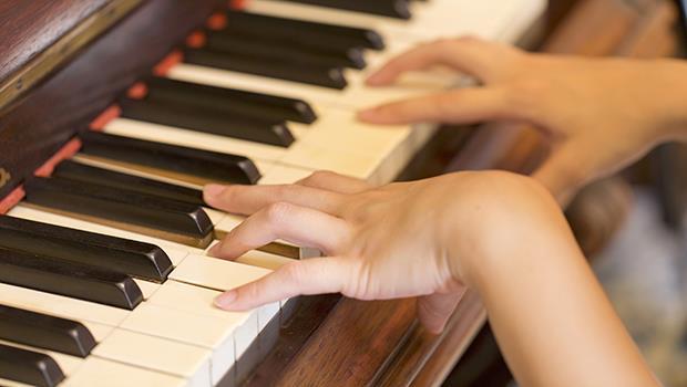 一個從小揠苗助長的音樂資優班學生:根紮不深,藝術之路怎麼會走得遠?