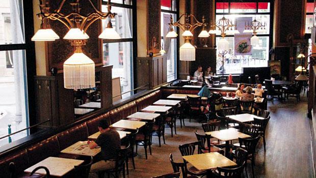 位於布達佩斯的紐約咖啡廳