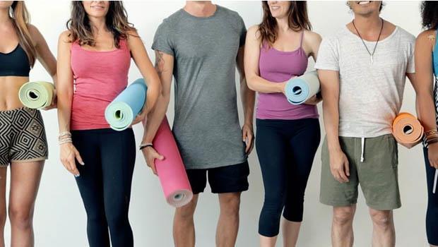 懶人必備!這款「溜溜球瑜珈墊」一個動作就能自動幫你捲好