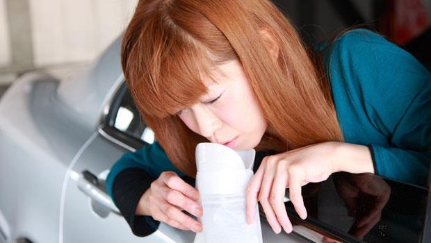 一杯「加醋的溫開水」就能防暈車!5個小撇步,搭車再也不頭暈想吐