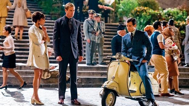 電影《紳士密令》無疑是美蘇兩國情報員的西裝伸展台