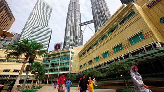 去年,馬來西亞房市新規定,簽約5 年內若轉手須課 30%奢侈稅,就為了遏止短線投資人炒房。