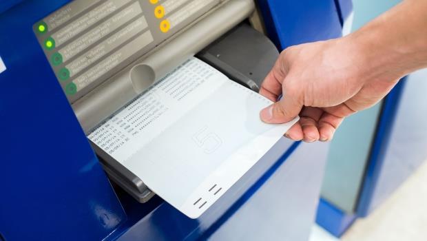 郵局存摺不是只有綠色!「粉紅色存摺」有三大好處,看完這篇就去辦