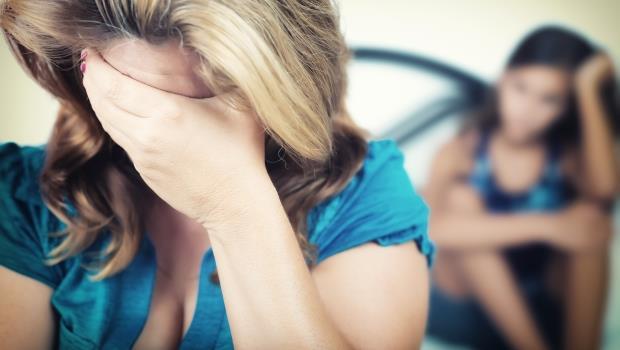 不是只有被揍才算家暴!精神科醫師:當對方讓你覺得不值得被愛,就該離開
