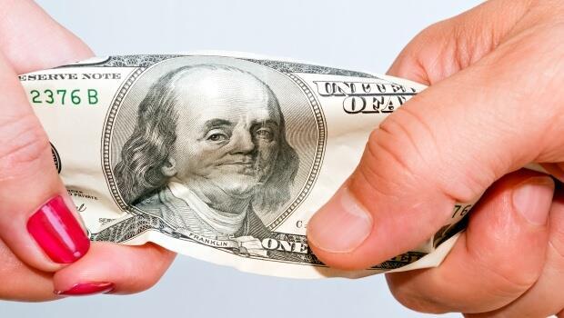 升息一拖再拖,但美國經濟還是比別人強!美元此刻回檔,就是下手良機