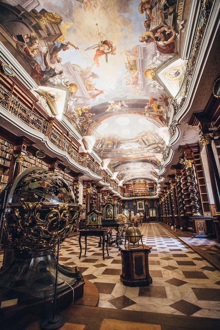 最強拍照景點!布拉格「世界最美圖書館」,有如霍格華茲真實版 - 商業周刊