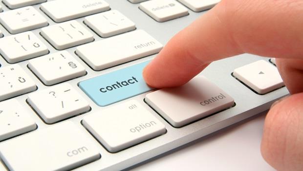 """想問對方如何聯繫,如果你說""""How can I contact with you?""""那就錯了,應該是..... - 商業周刊"""