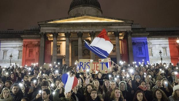 為什麼多數人會哀悼巴黎恐攻、而不是死傷人數更慘重的奈及利亞?經濟學的答案是... - 商業周刊