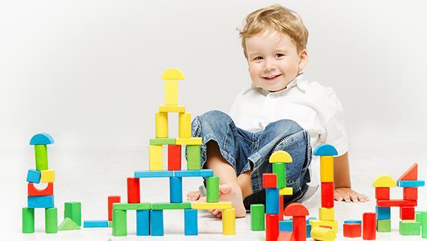 芬蘭小孩上小學前,都要先花1年「玩遊戲」,喜歡上學更能讓孩子贏在起跑點!