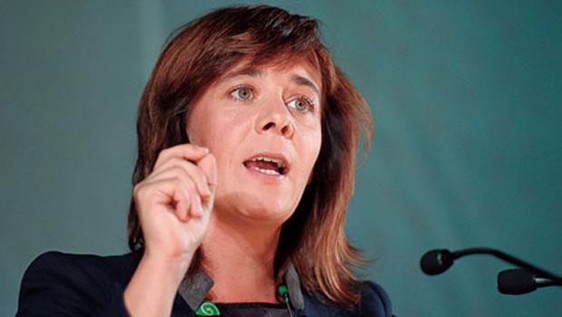 「民意不讓你們成為多數,你們就不能執政。」馬丁絲成為拉下葡萄牙前總理的關鍵。