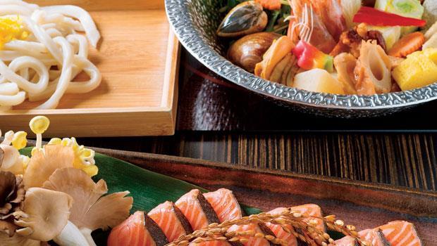 秋季限定的「炙鮭鮮菇豆乳鍋」。