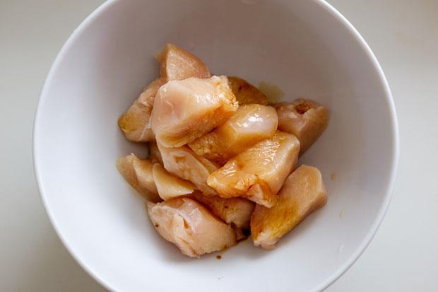 網路瘋傳神級泡麵》人妻教你自己做進階版「花雕雞泡麵」,保證好吃 - 商業周刊