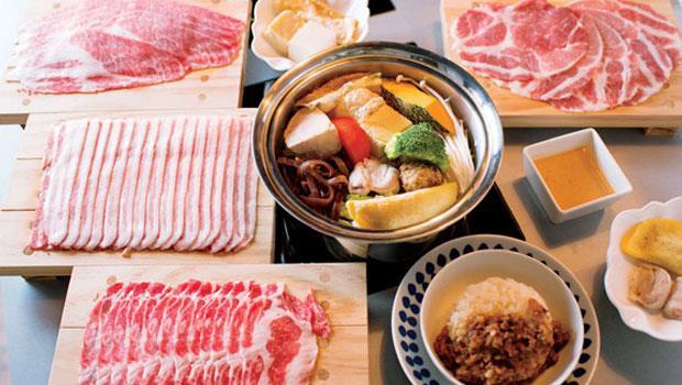 來肉大人就像跟著豬肉環遊世界。右上起順時針為:台灣東寶黑豬、西班牙伊比利豬、丹麥快樂豬、匈牙利蒙娜麗豬各有特色。