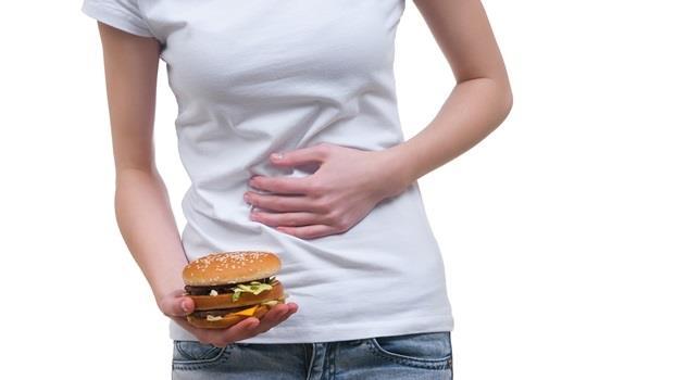 吃完東西飽很久,還很常有胃食道逆流的感覺,這是我的胃有問題嗎?