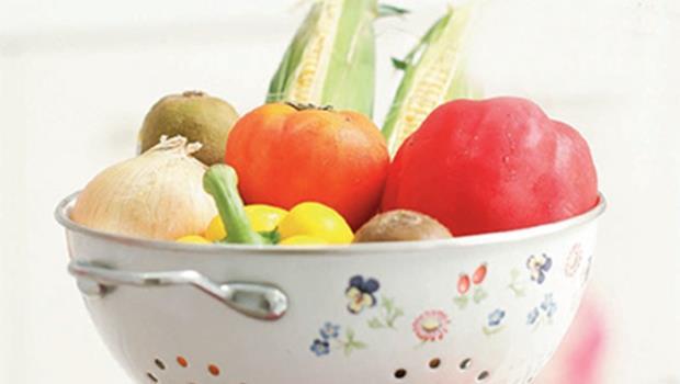 剝玉米粒、削牛蒡皮.....》家事達人教你用這4招,一次解決這些食材好輕鬆