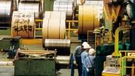 鋼價比白菜便宜 鋼鐵業冰河期來了
