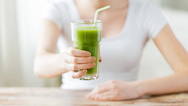排便不等於排毒!照養生書多喝「蔬果汁」,營養師:小心身體越喝越差