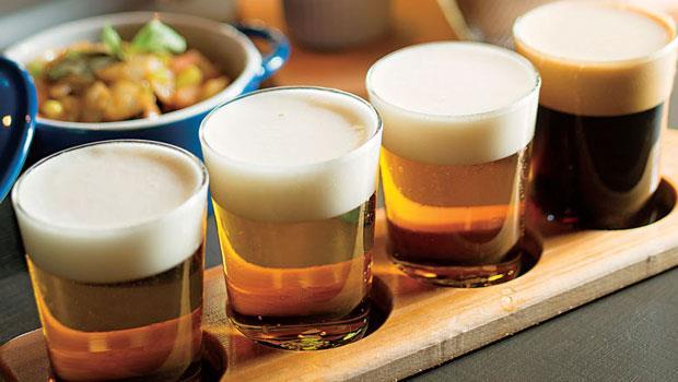 一次喝到The Premium Malt's全系列的試飲組,搭配美味的下酒菜。