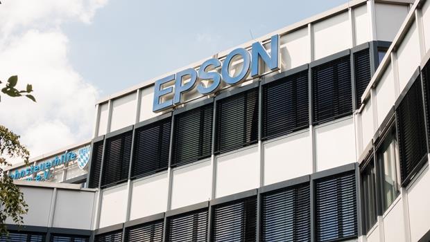Epson發明再生紙機器,能把廢紙銷毀直接重製白紙,8小時可製6000張