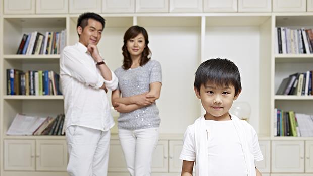 晚點生小孩,也有好處!財務健全、身心成熟的爸媽,對小孩發展更有幫助