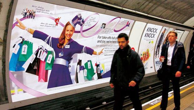 金融科技開始滲透到英國人的日常生活中,倫敦地鐵廣告也看得到金融科技業者的廣告。