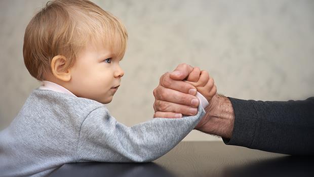 固執、難搞、不聽話...你的小孩會這樣嗎?恭喜你!他是個「意志堅強」的孩子