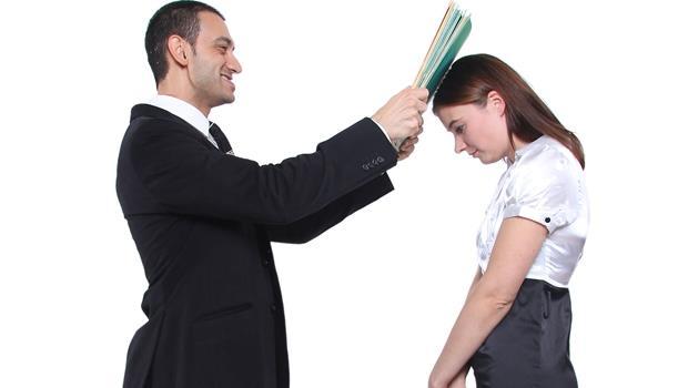 員工的反擊》試用期被主管言語嘲諷、最後遭資遣,他這招讓主管認錯賠償