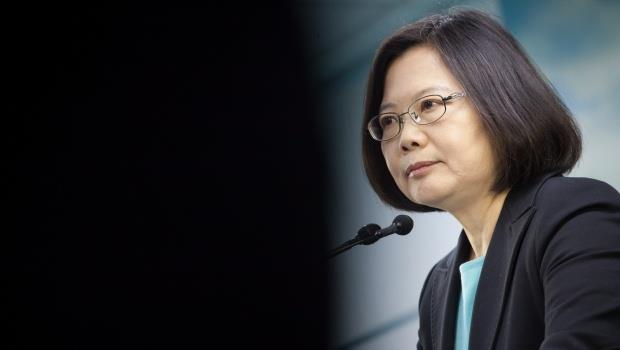 從黨主席到女總統...蔡英文救了民進黨,現在能不能救台灣?