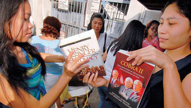 菲律賓的人均所得僅台灣 17,但平均書價僅差新台幣50元。公益圖書館是普及閱讀的一大推手。