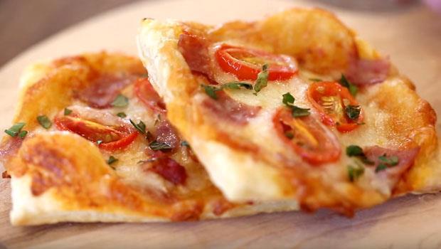 寒假到了!有家用烤箱就ok,只要2步驟,親子一起做出「番茄酥皮PIZZA」
